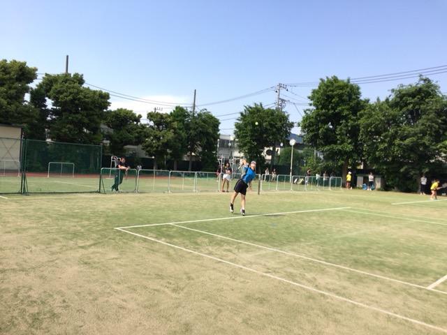 http://www.ariake.kaetsu.ac.jp/club/tennis/%E2%91%A5.JPG
