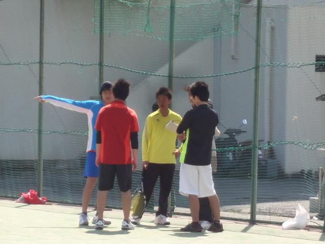 http://www.ariake.kaetsu.ac.jp/club/tennis/DSC03280.JPG
