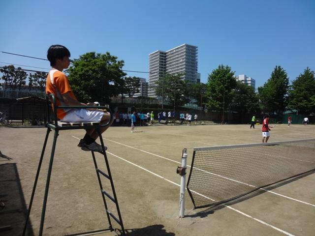 http://www.ariake.kaetsu.ac.jp/club/tennis/DSC05418.JPG