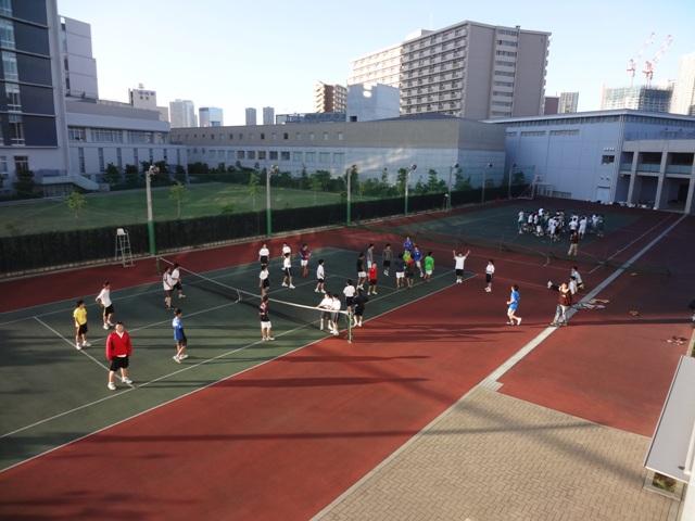 http://www.ariake.kaetsu.ac.jp/club/tennis/DSC05432.JPG