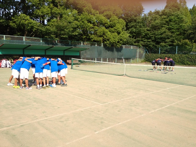 http://www.ariake.kaetsu.ac.jp/club/tennis/IMG_1160.JPG