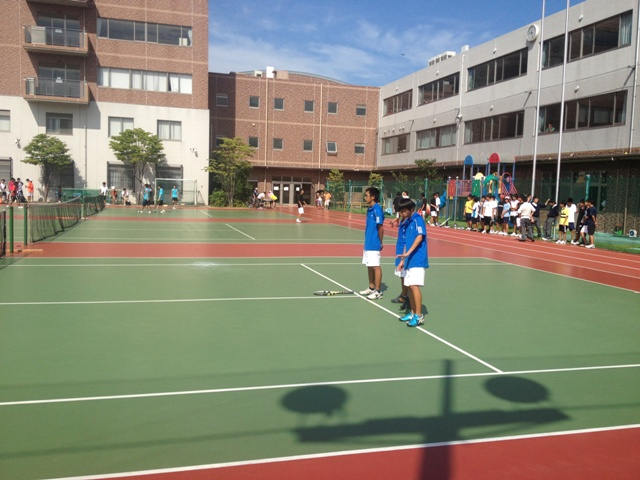 http://www.ariake.kaetsu.ac.jp/club/tennis/IMG_1443.JPG