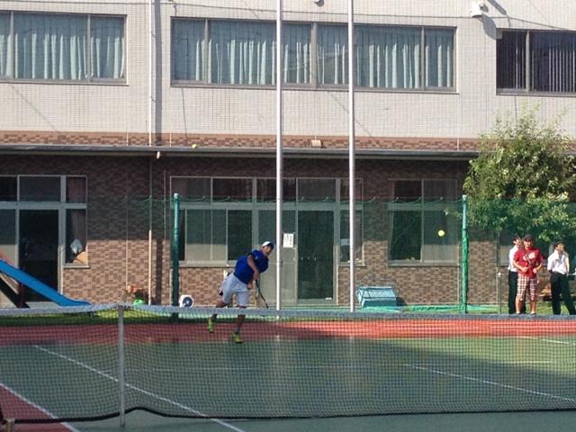 http://www.ariake.kaetsu.ac.jp/club/tennis/IMG_1454.JPG