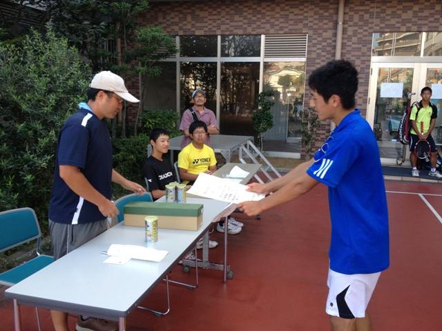 http://www.ariake.kaetsu.ac.jp/club/tennis/IMG_1460.JPG
