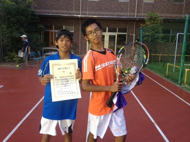 http://www.ariake.kaetsu.ac.jp/club/tennis/IMG_1468.JPG