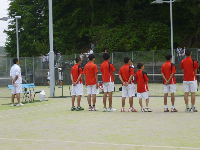 http://www.ariake.kaetsu.ac.jp/club/tennis/P1000299.JPG