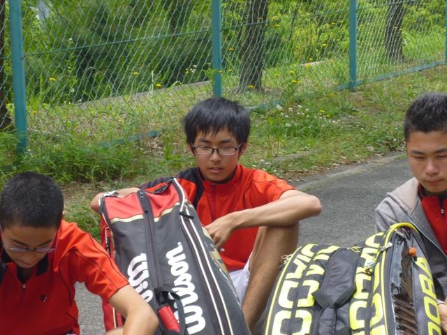 http://www.ariake.kaetsu.ac.jp/club/tennis/P1000313.JPG