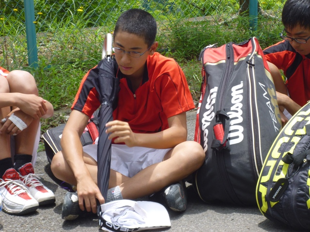 http://www.ariake.kaetsu.ac.jp/club/tennis/P1000318.JPG