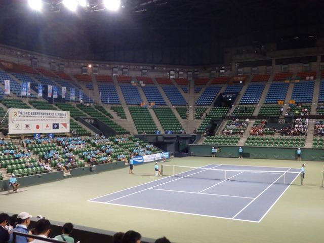 http://www.ariake.kaetsu.ac.jp/club/tennis/P8080014.JPG