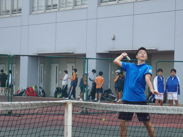 http://www.ariake.kaetsu.ac.jp/club/tennis/PB030272.JPG