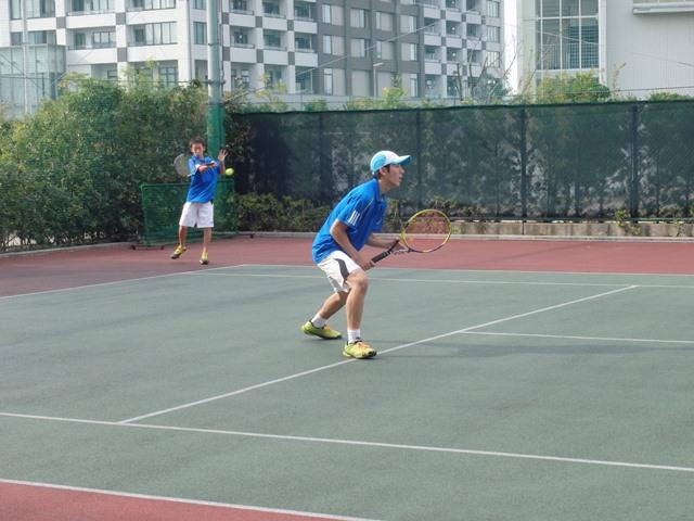 http://www.ariake.kaetsu.ac.jp/club/tennis/PB030325.JPG
