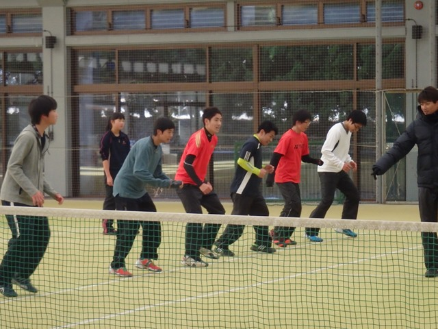 http://www.ariake.kaetsu.ac.jp/club/tennis/PC300154.JPG