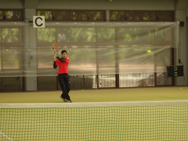 http://www.ariake.kaetsu.ac.jp/club/tennis/PC300163.JPG